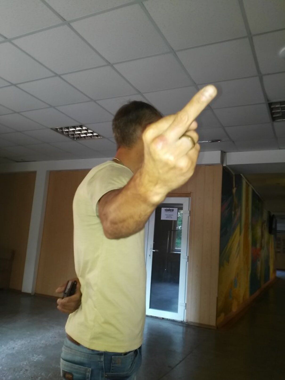 Жалоба-отзыв: Троян Юрий Владимирович 1969г.р - Мошенник, представляется мастером по изготовлению изделий из дерева-лестницы, бани.  Фото №1
